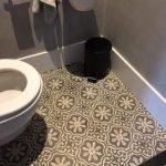 cementtegels toilet
