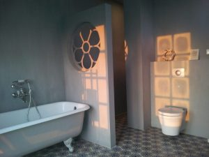 Cementtegels In Badkamer : Portugese tegels badkamer: uw badkamervloer floorz