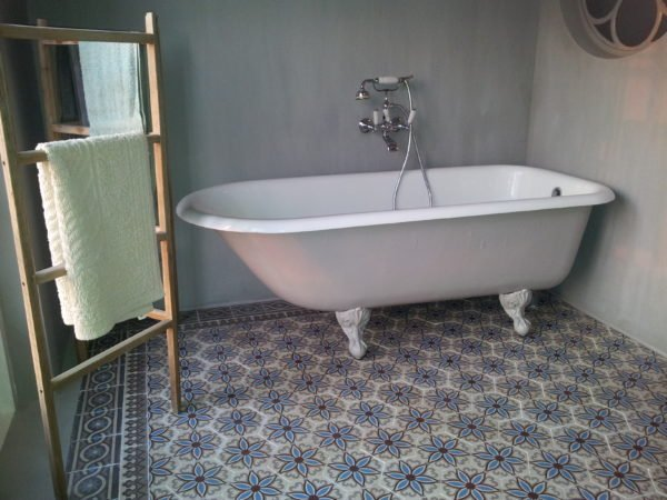 PORTUGESE TEGELS badkamer: uw badkamervloer | FLOORZ