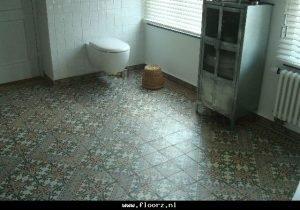 antieke vloertegels badkamer