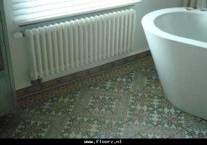 antieke vloertegels badkamer c