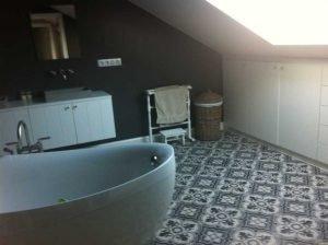 Marokkaanse Tegels Toilet : Portugese tegels badkamer: uw badkamervloer floorz