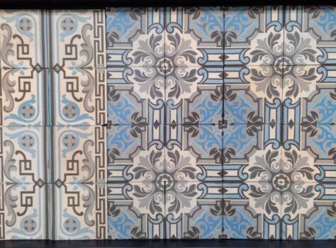 oude tegels blauw