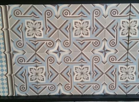 C104 oude tegels