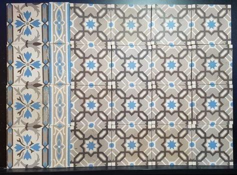 Oude vloertegels blauw