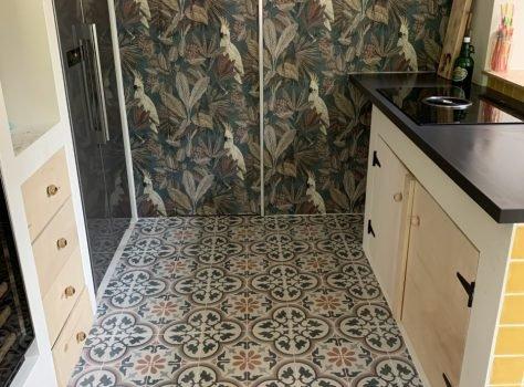 Portugese vloertegels keuken leggen PRINTEMPS